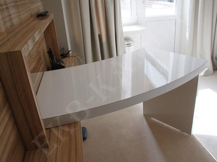 Письменный стол из искусственного камня, цена 5678 руб./пог.